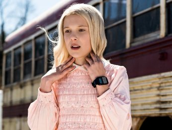 Милли Бобби Браун из «Странных дел» рекламирует Calvin Klein