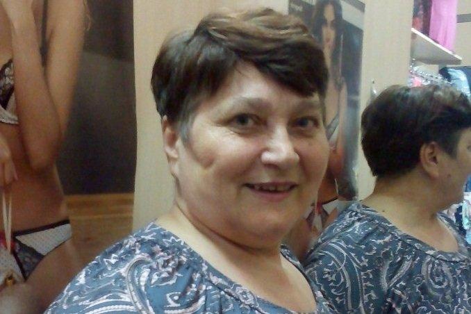 Бабушка изСибири стримит Minecraft иодаривает внуков надонаты - Изображение 1