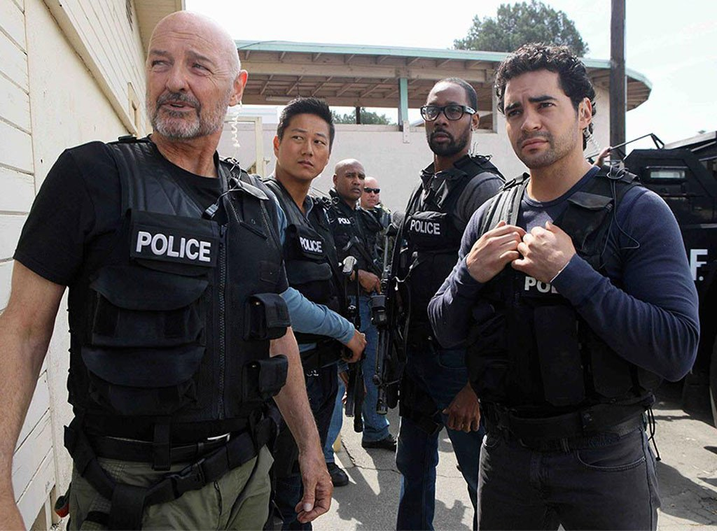 Райан Лопес мечется между мафией и копами в трейлере сериала об УБОПе - Изображение 1
