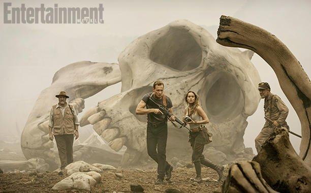 Том Хиддлстон охотится на Кинг Конга на первом кадре «Острова черепа» - Изображение 1