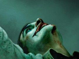 «Сделай счастливое лицо»: первый постер итрейлер «Джокера» сХоакином Фениксом