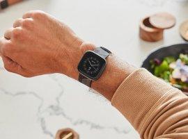 Еще одна копия Apple Watch: представлены «умные» часы Fitbit Versa2