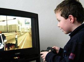 Жестокие видеоигры могут довести мальчиков до депрессии