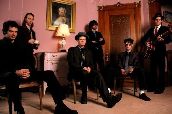 Electric Six размывают границы музыкальных стилей.