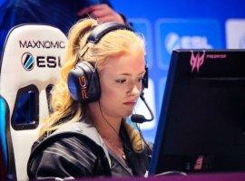 Видео дня: как играют и выигрывают лучшие киберспортсменки мира