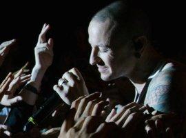 Американка спела песню Linkin Park— испасла этим незнакомца отглавной ошибки вжизни