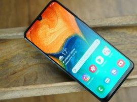 Анонс Samsung Galaxy A40: стильный середнячок для любителей селфи