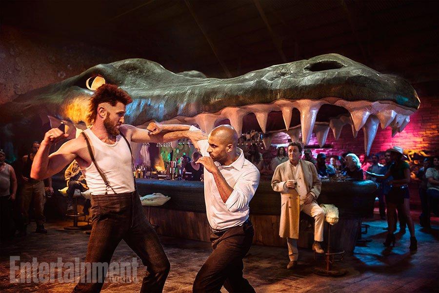 Первые фото «Американских богов» представили Среду и драку в баре   Канобу - Изображение 4380