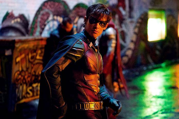 В «Титанах» появится Бэтмен? Новое фото со съемочной площадки сулит камео Темного рыцаря | Канобу - Изображение 1