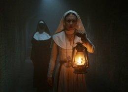 «Неизобретателен всвоих ужасах»: критики прохладно приняли хоррор «Проклятие монахини»