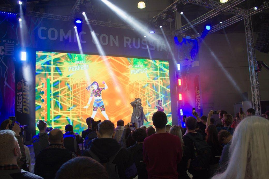 Мадс Миккельсен иНик Перумов. Comic Con Russia и«Игромир» 2019. День2 | Канобу - Изображение 40