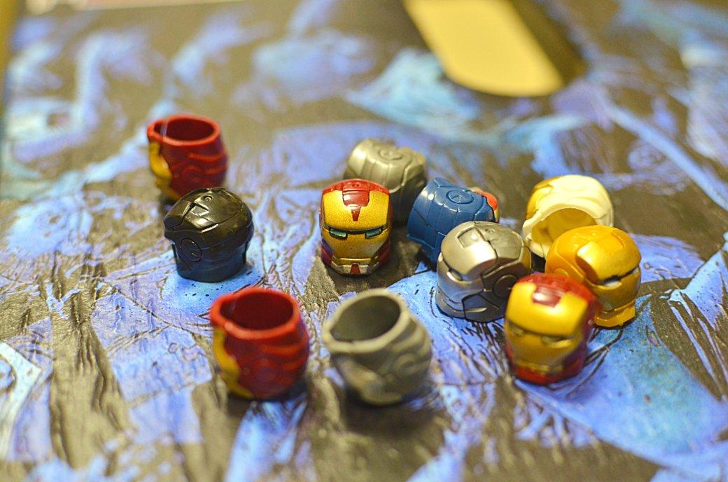 Топ-модель по-русски: «Канобу» устраивает фотосессию LEGO-супергероям | Канобу - Изображение 12