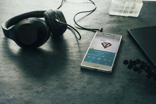 MWC 2017: Четыре новых Sony Xperia – последняя надежда компании? | Канобу - Изображение 6997