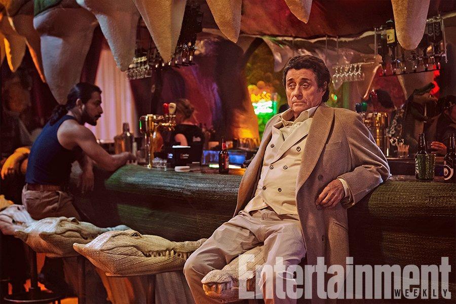 Первые фото «Американских богов» представили Среду и драку в баре   Канобу - Изображение 4381