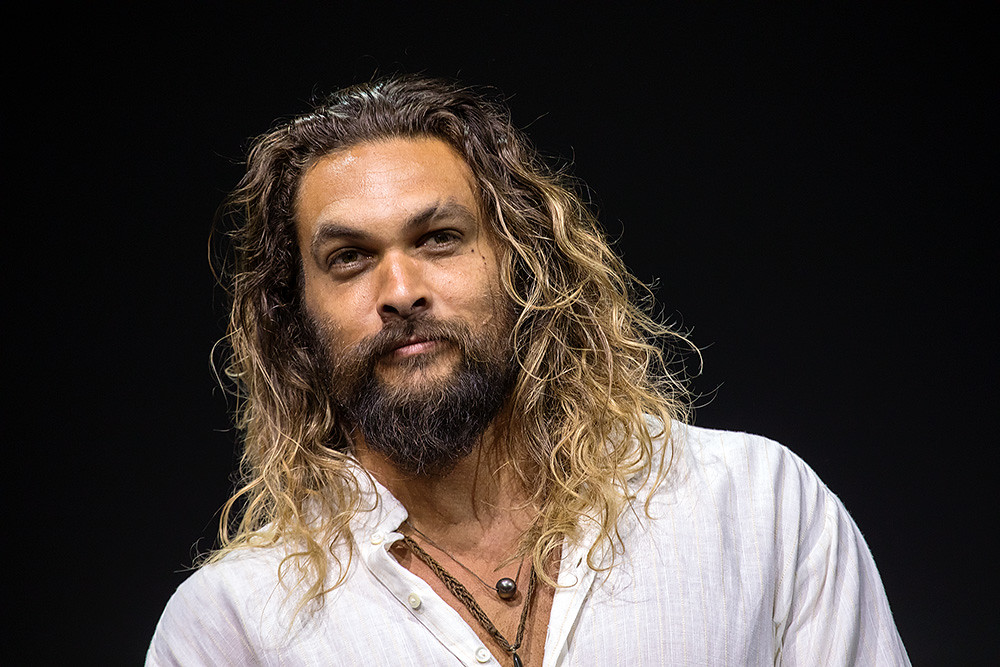 Джейсон Момоа сбрил роскошную бороду— все ради защиты окружающей среды   Канобу - Изображение 0